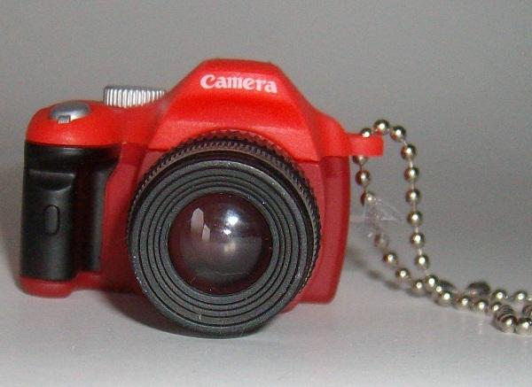 Mini fényképezőgép kulcstartó 2